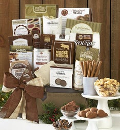 Home for the Holidays Gourmet Trunk