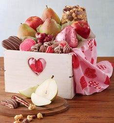 Harry & David Valentines Deluxe Gift Basket