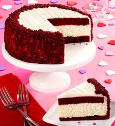 Juniors Red Velvet Cheesecake by 1800Basketscom