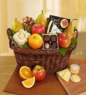 Vintage Gourmet Fruit & Cheese Gift Basket