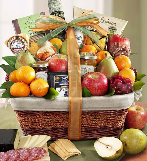 Sierra Sensation Fruit & Gourmet Gift Basket
