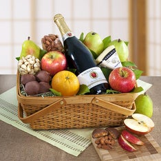 Distinctive Organic Fruit & Cheese Gift Basket