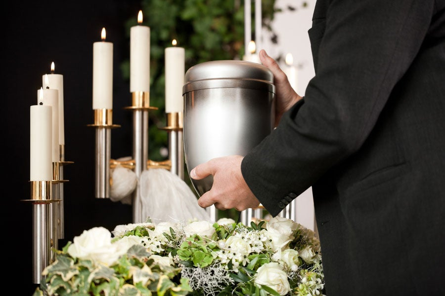 Cremation Urn With Cremation Wreath and Candles