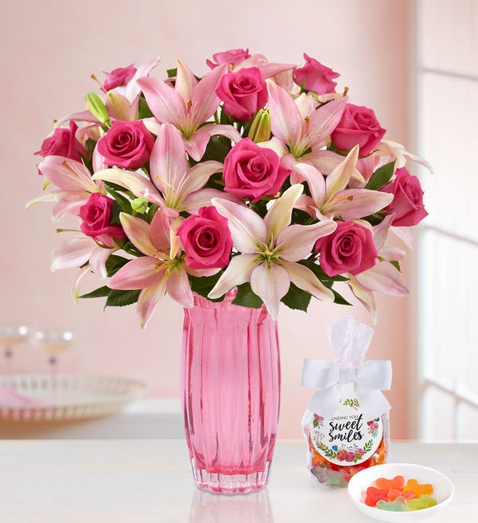 Magnificent Pink Rose & Lily Bouquet with Pink Vase & Candy