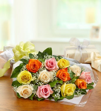 One Dozen Rose Presentation Bouquet