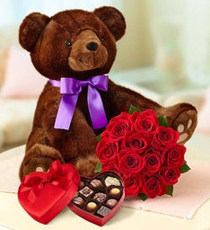 Sable Bear and Roses, 12 Stems