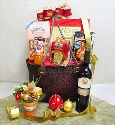 Vineyard Blessings Gift Basket