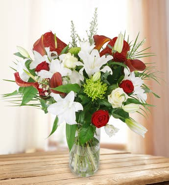 Premium Red  White Flowers