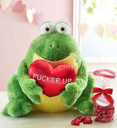 'Pucker Up' Frog with Chocolate Heart Candies