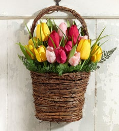 Keepsake Tulip Door Décor