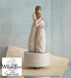 Willow Tree® 'Close to Me' Musical Keepsake
