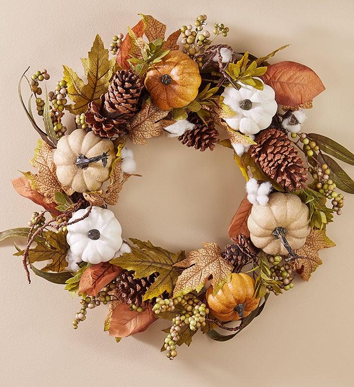 Shades of Autumn Pumpkin Wreath   Centerpiece
