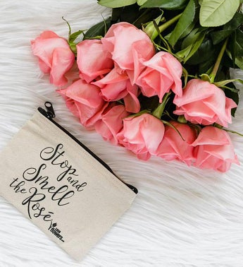 160414_pink_roses_w_cosmetic_bag_alt