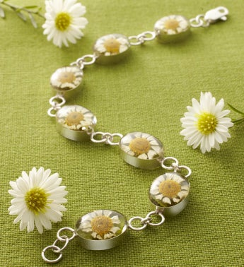 Fresh Daisies Oval Link Bracelet
