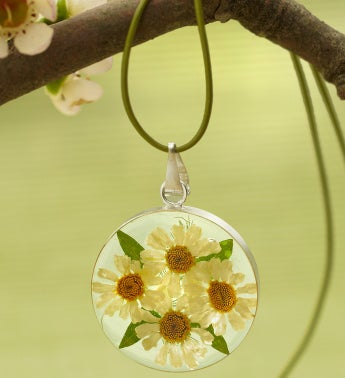 Fresh Daisy Circle Pendant with Leather Cord