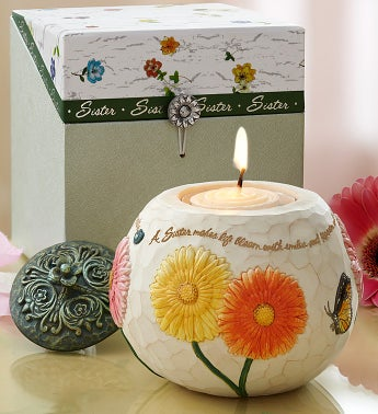 A Sister Makes Life Bloom Candle