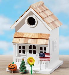 Christmas Retweet Birdhouse