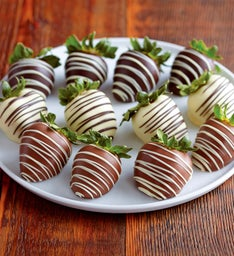 Belgian Chocolate-Covered Strawberries - 12 pieces