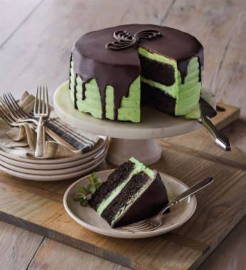 The Royal Touchtrade Mint Chocolate Cake