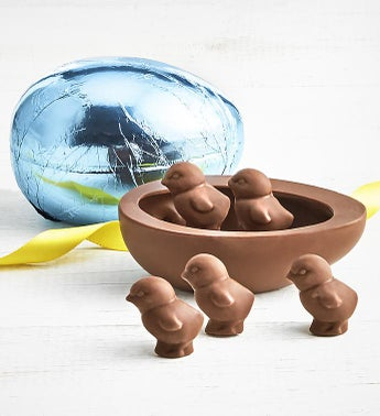 Art CoCo Foil Wrapped Chocolate Egg with Chicks