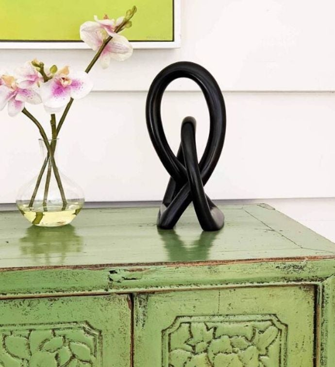 Handmade Natural Soapstone 10-inch Lover's Knot In Black